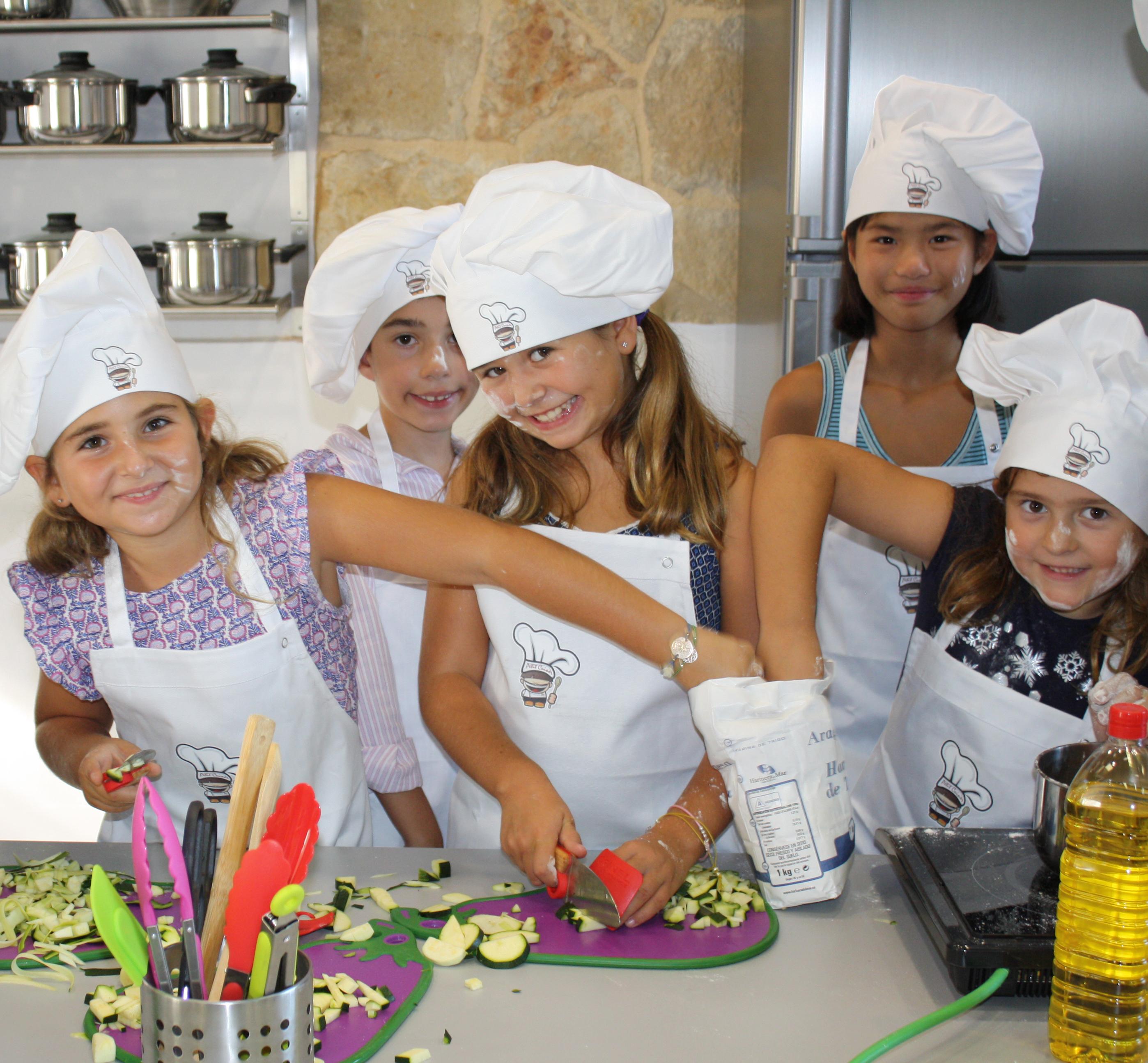 Cursos De Cocina Para Niños U2014 Tallers De Cuina Per A Petits I Grans. Tel  667 60 33 04