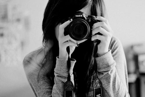 garota com camera