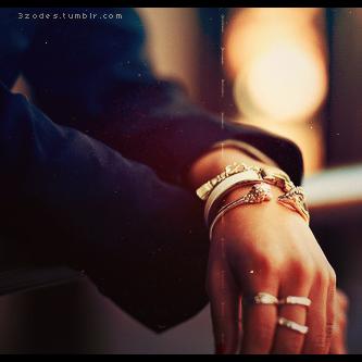 اناا احبك / اضعااف ذلك الحبَ الذي ابوح بهه اليك ' / Pic BBM