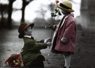 http://static.tumblr.com/kb93ris/DZPlwvtqx/bebes-d-amor.jpg
