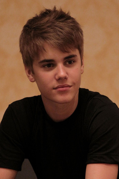 justin bieber gif animations. animated justin bieber gif