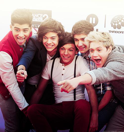 La Belle Histoire d'Amour • One Direction