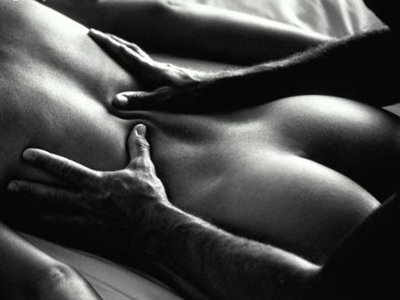 эротические черно белые фото скачать