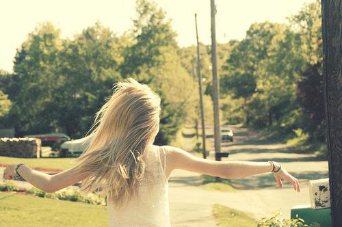 Фото блондинки спиной для авы