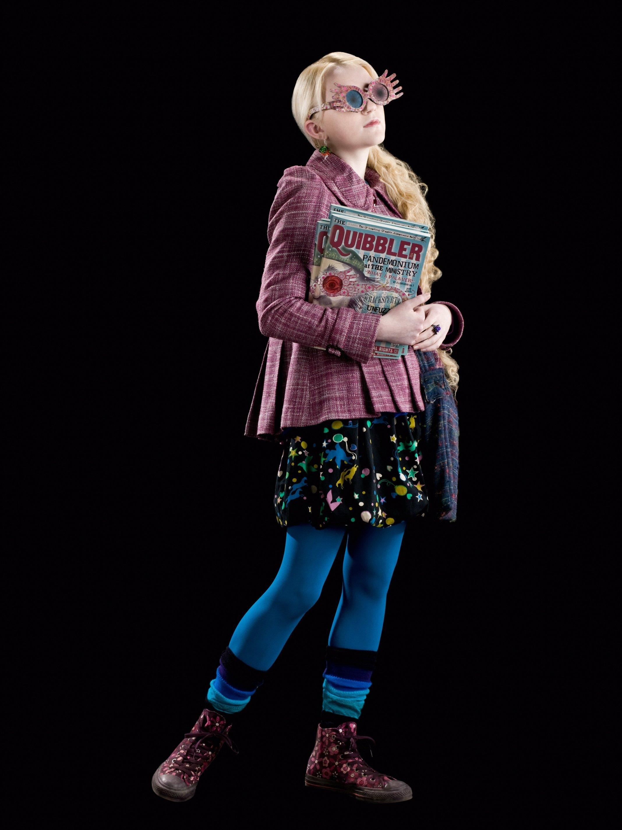Luna lovegood, School uniforms and Street clothes on Pinterest