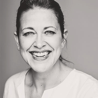 nicola walker four weddings and a funeral