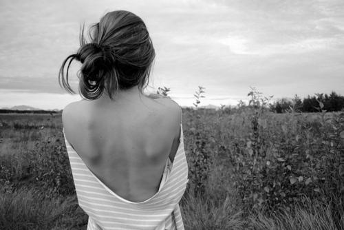 Resultado de imagem para imagem mulher de costas